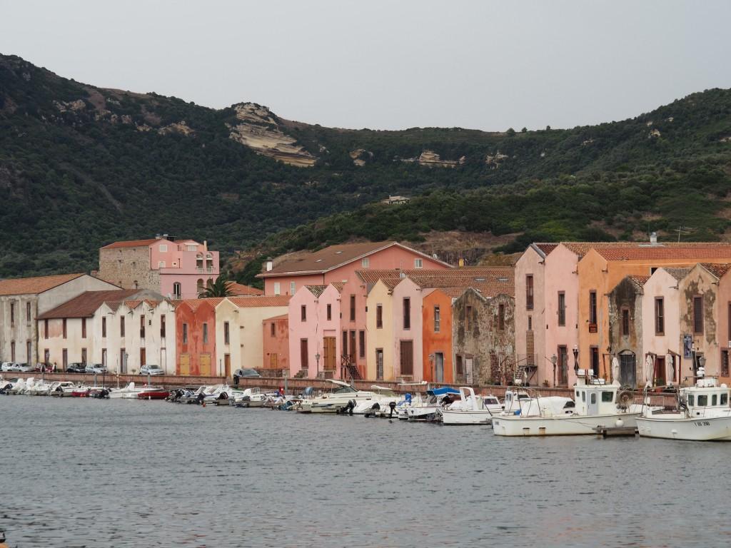 Bosa Hafen