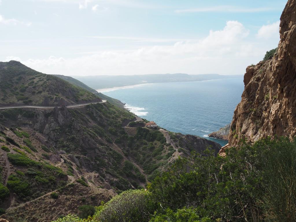 Küste nach Nebida