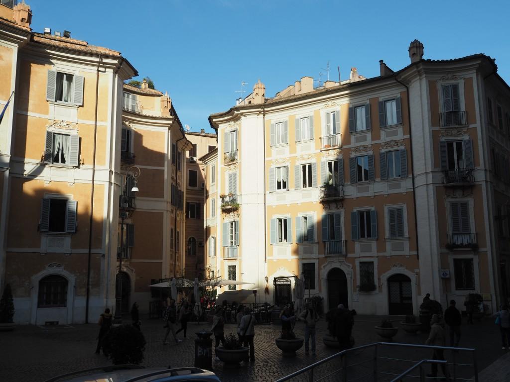 Vorplatz Kirche Sant Ignazio di Loyola