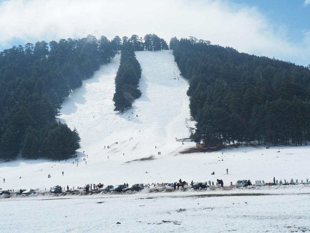 Skifahren im Mittleren Atlas