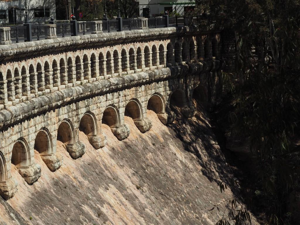 Der Caminito del Rey hat Geschichte. Schon Anfang des 20. Jhdts. mussten die Arbeiter über diesen klettern, um die Wasserkraftwerke mit Material zu versorgen.