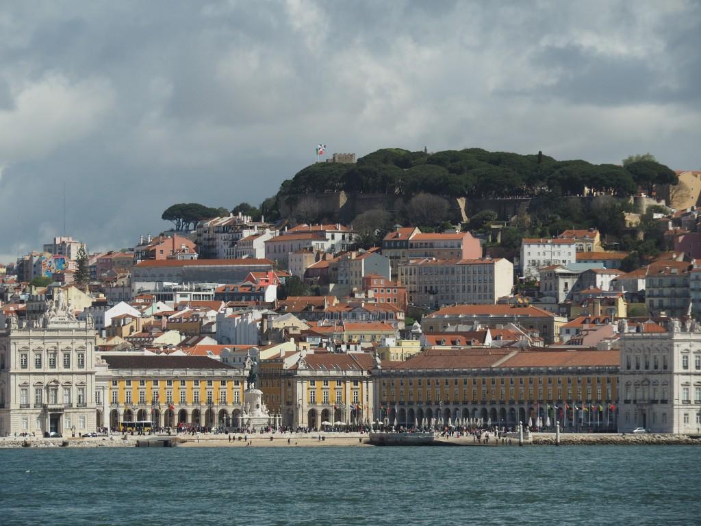 Praça do Comércio (Handelsplatz), bis 1755 befand sich hier das königliche Schloss