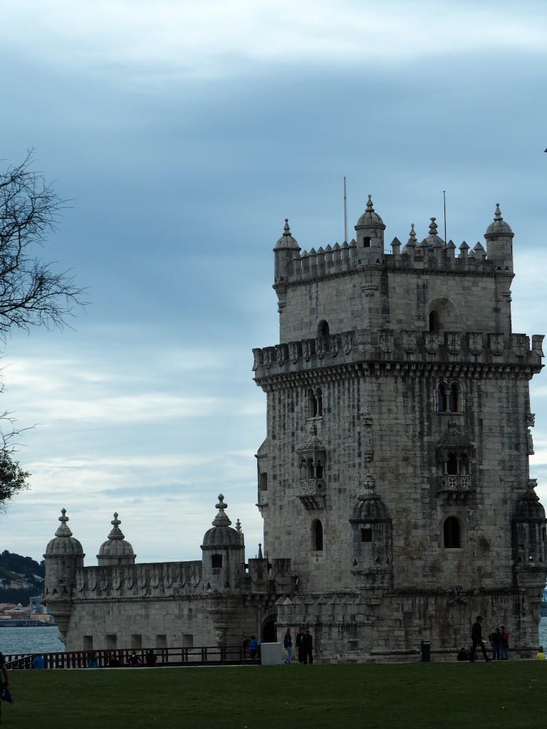 Torre de Belém, Begrüßung an der Hafeneinfahrt