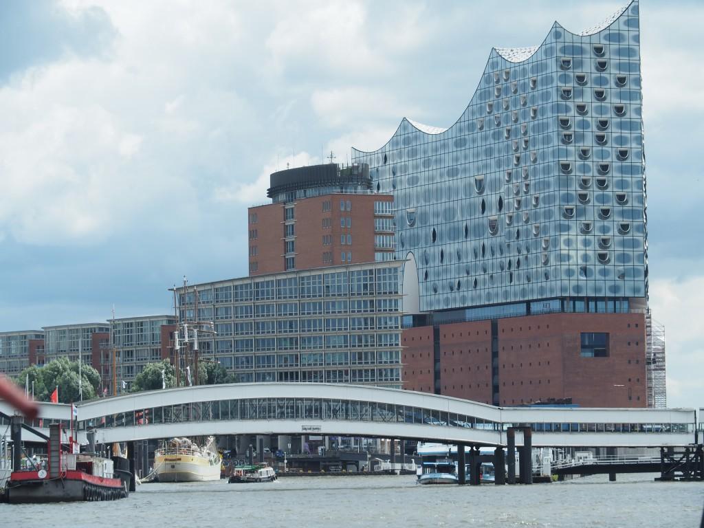 Hamburg Blick auf Elbphilharmonie