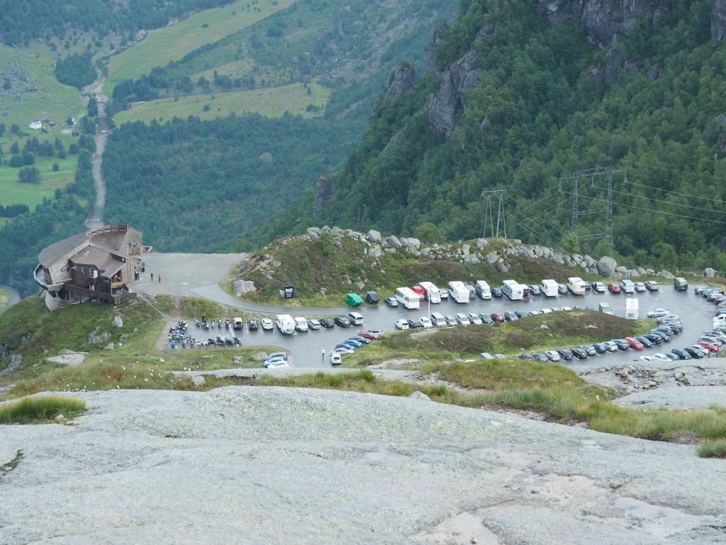 Unterer Parkplatz vor dem Adlernest